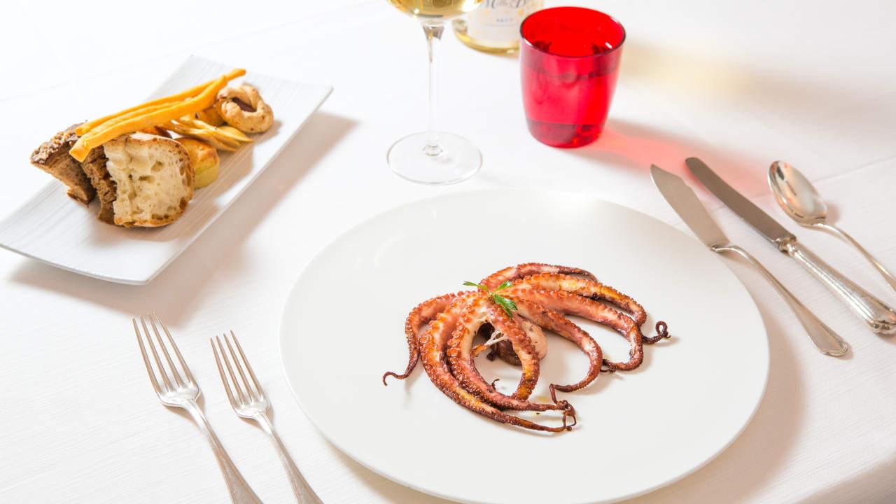 Ristorante chinappi roma pesce e specialit di mare dal 1956 for Arredamento ristorante italia